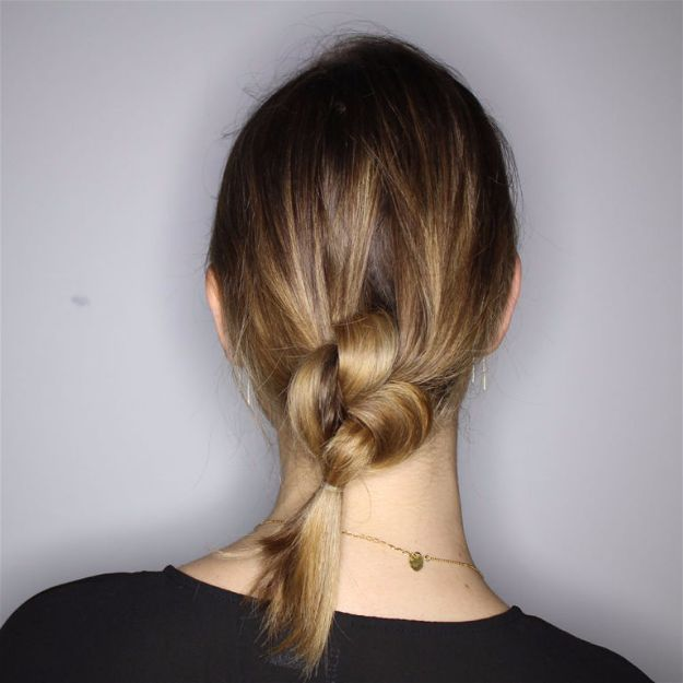 knotted-ponytail-easy-hairstyles