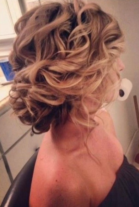 messy-updo-hairstyles-for-wedding-bridesmaids-hair-styles